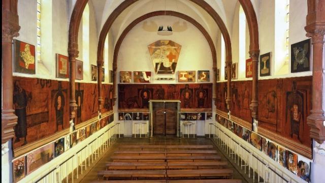 Eglise St Hugues Interieur Hiver