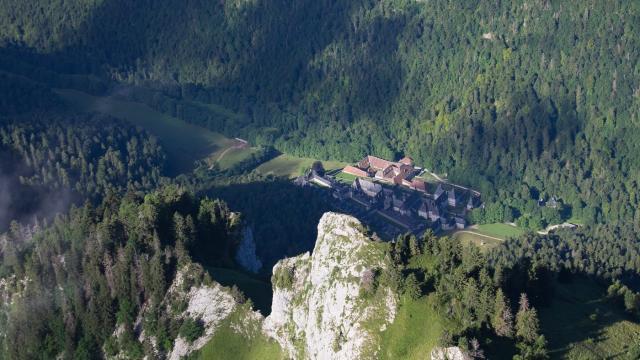 Le Monastere Vu Du Grand Som