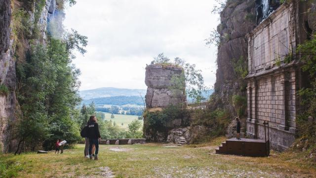 Monument Grottes De Saint Christophe