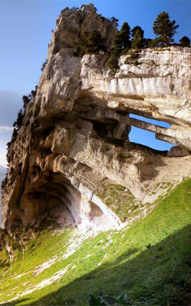 Double arche - tour perchee - tour isabelle