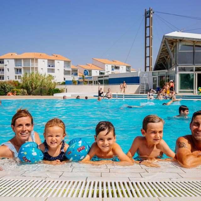 Famille Centre Aquatique