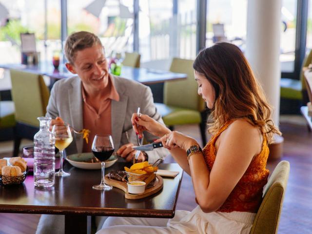 Restaurant Eiffelv Conteurs
