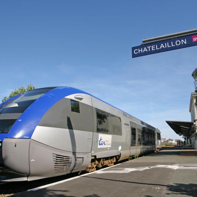 Train Gare Chatelaillon