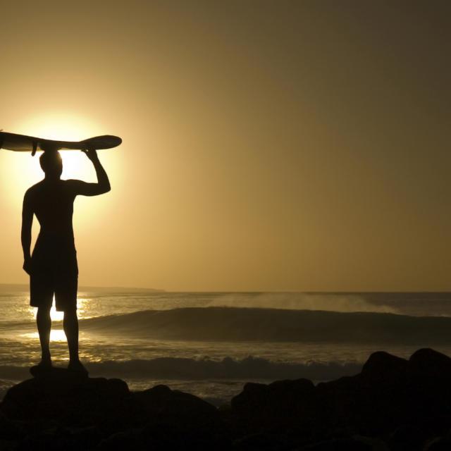 Surfer en Côte Landes Nature