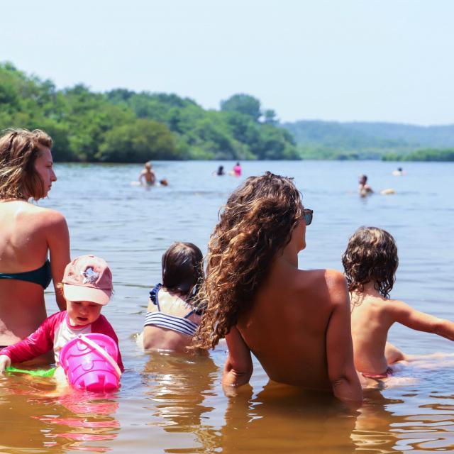 Famille au lac de Léon en Côte Landes Nature