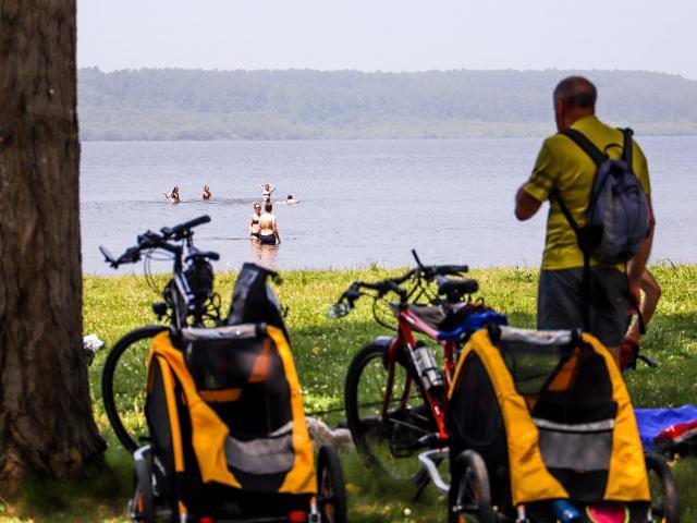 Lac de Léon et Balade en vélo : perfect combo !