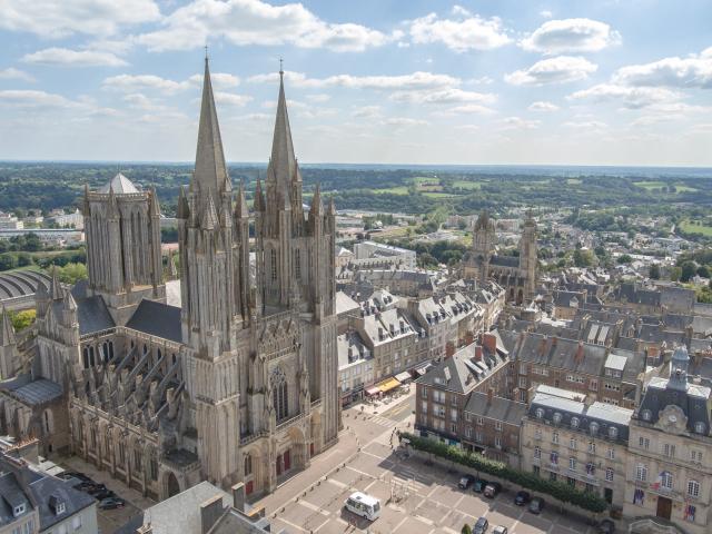 Cathédrale de Coutances vue par drone