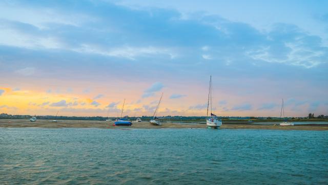 Havre de Regnéville-sur-Mer au coucher du soleil