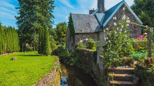 Moulin dans le quartier de la planche à Gavray sur Sienne