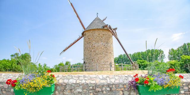 Moulin de gouville sur mer