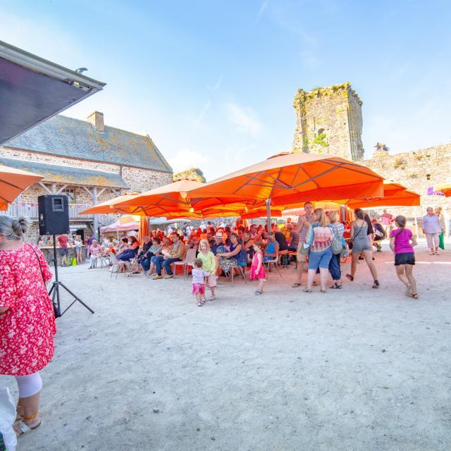 Etals du marché de Regnéville sur Mer