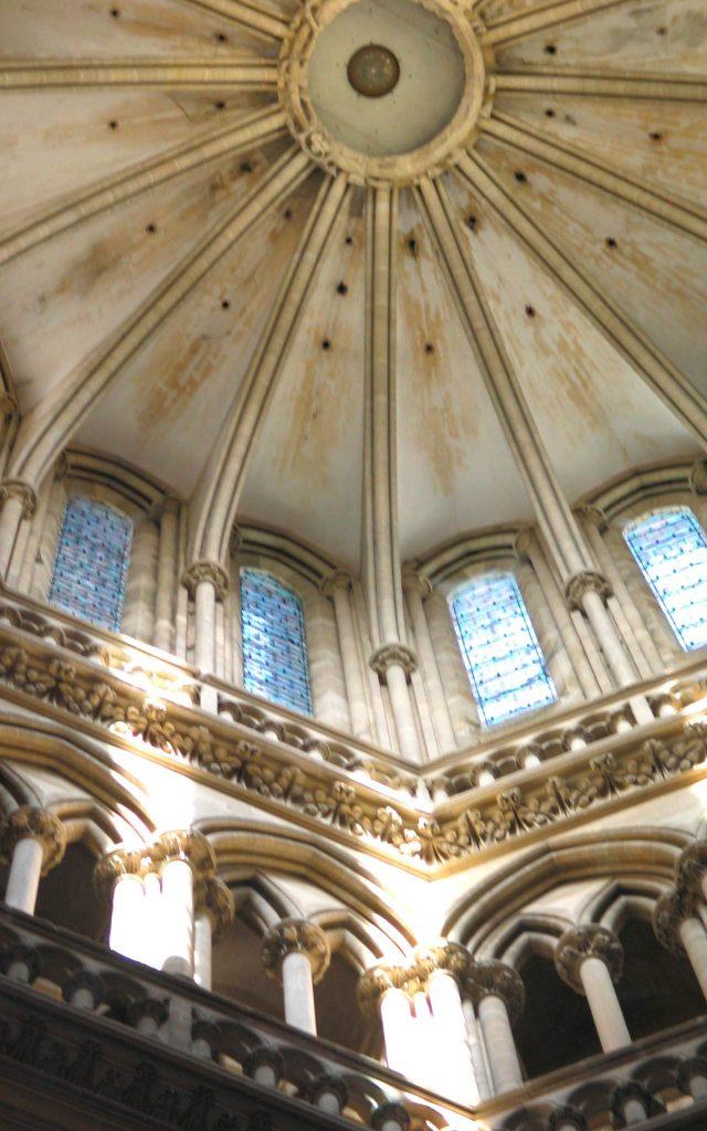 Haut de la tour lanterne de la cathédrale de Coutances