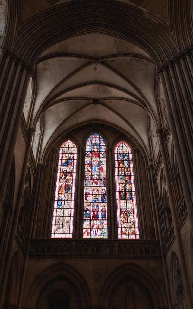 Vitraux de la cathédrale de Coutances