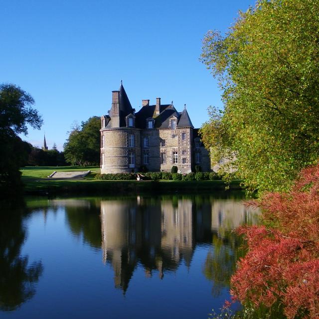 Chateau De Canisy Dans Le Saint Lois