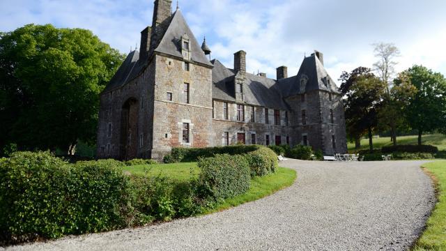 Chateau De Cerisy La Salle 2