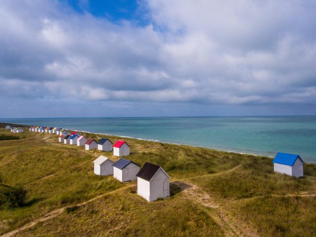cabines de gouville-sur-mer vues du ciel