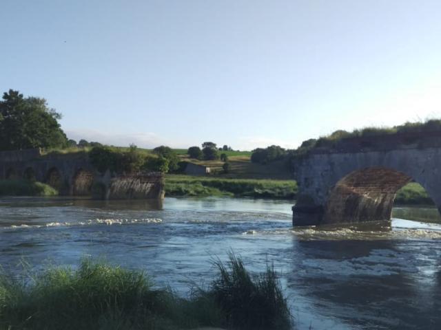 Pont de la roque à marée haute