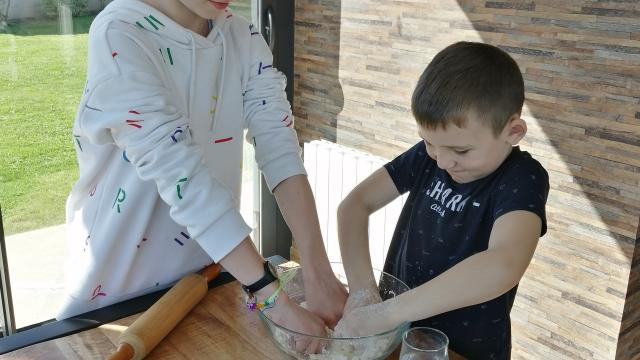 Recette Maison Enfants Tarte Aux Pommes Gastronomie Terroir (8)