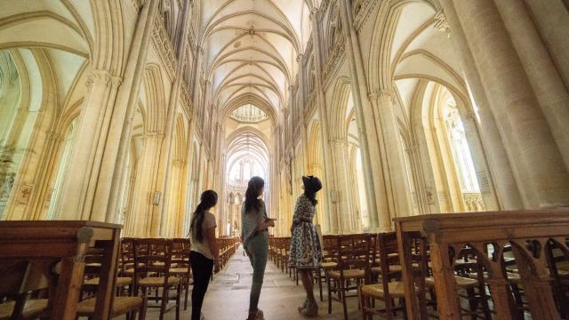 Visite de la cathédrale par le pays d'art et d'histoire du coutançais