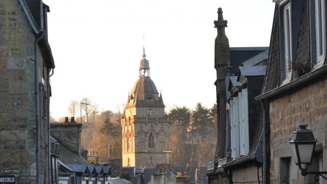 Rue Du Général Huard de Villedieu les Poêles