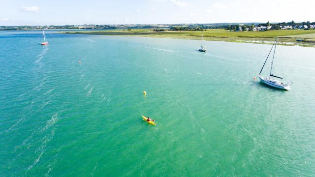 Kayak dans le havre de Regnéville-sur-Mer