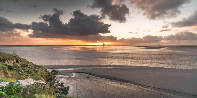 Coucher de soleil sur la baie du Mont-Saint-Michel