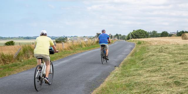 Vélo entre mer et bocage sur les routes bucoliques