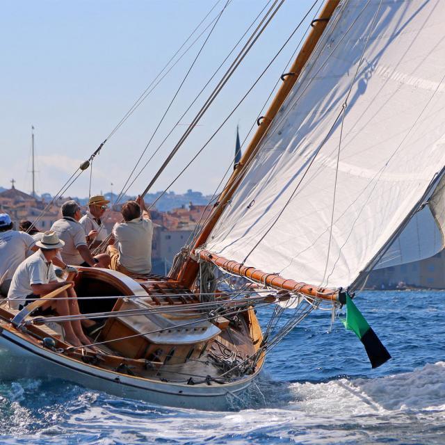 Landing Saint Tropez Voiles 2016 E Bertrand 1920x1080 1