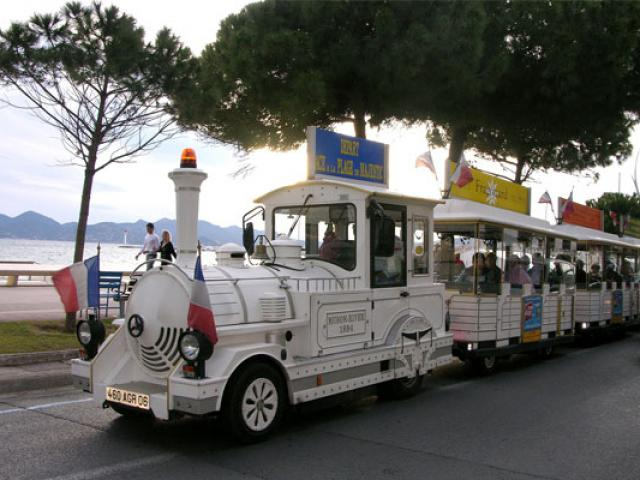 Copy Petit Train De Cannes 557x400 1