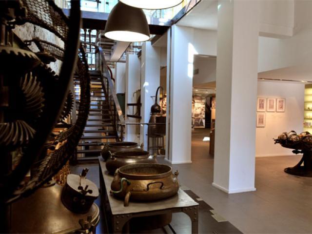 musee-internat-parfumeriecarlobarbiero-557x400-1.jpg