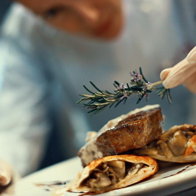 vignette-maitre-restaurateurs-istock-598223378.jpg
