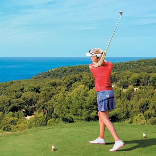 petite-cover-fille-golf.jpg
