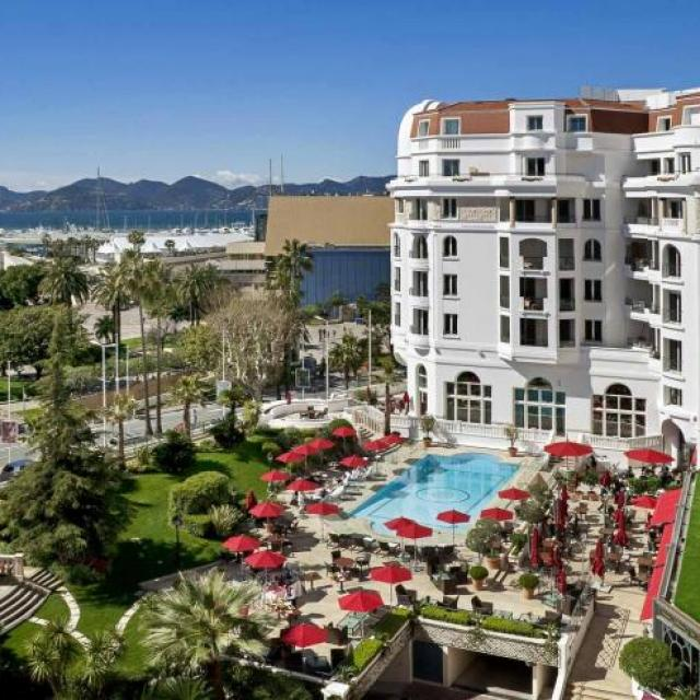 30-hotel-majestic-barriere-cannes.jpg