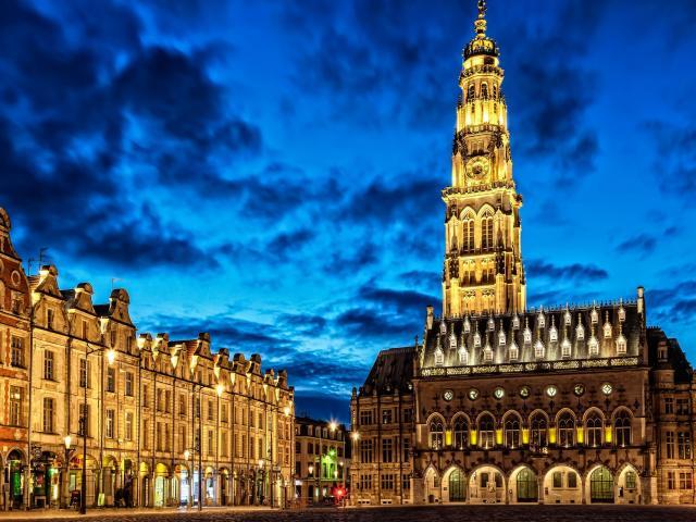 Arras _ Le Beffroi © Office de Tourisme Arras Pays d'Artois - Ama66