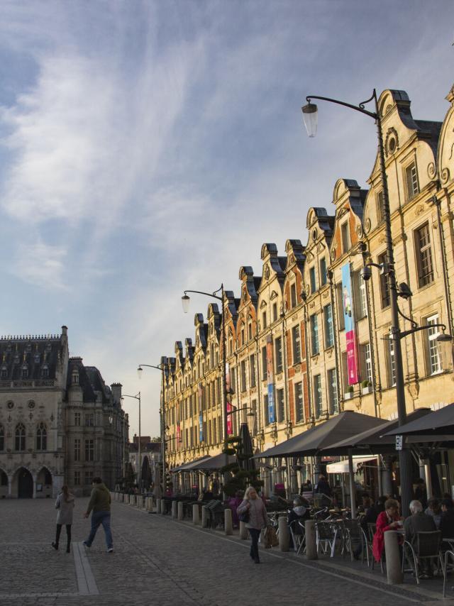 Arras Place Des Héros Crt Hauts De France Benoît Guilleux