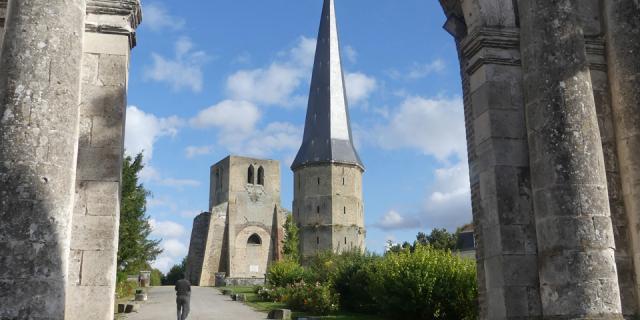 Bergues_Abbaye Saint Winoc ©crtc Hauts De France Caroline Delatte Delacarolinette