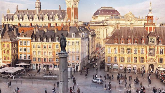 Lille _ Vue de la Grand Place © CRTC Hauts-de-France - Stéphanie Gheearert