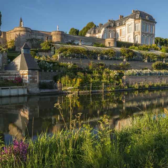 Long _ Les bords de Somme _ Le Château et ses jardins © CRTC Hauts-de-France - Stéphane Bouilland