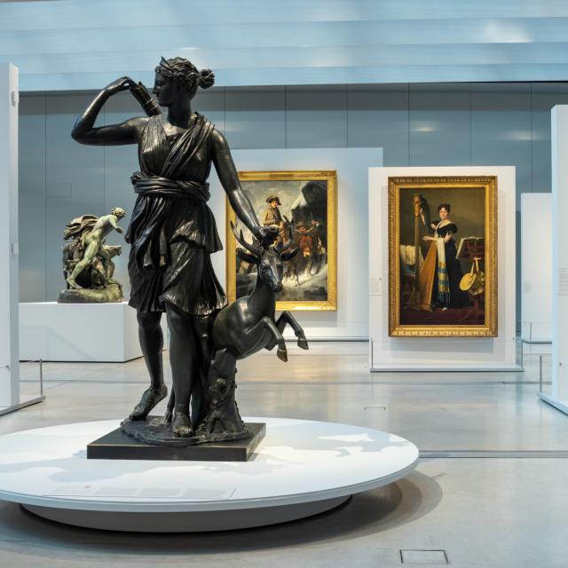 Lens _ Musée du Louvre Lens © Laurent Lamacz
