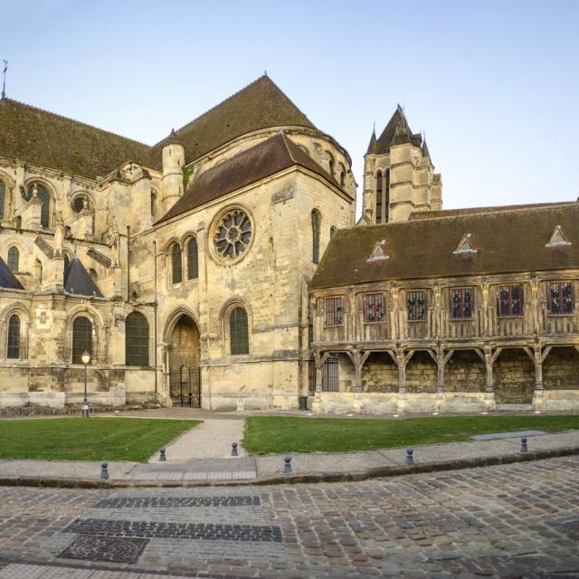 Noyon _ Cathédrale Notre-Dame © CRTC Hauts-de-France - Nicolas Bryant