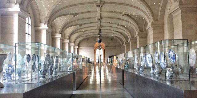 Lille _ Palais des Beaux-Arts _ salle des faïences © CRTC Hauts-de-France - Mylène Fargeot
