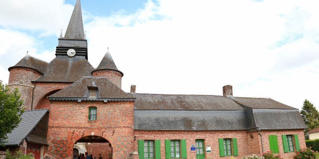 Parfondeval Église Saint Médard©crtc Hauts De France Office De Tourisme Du Pays De Thiérache (04)