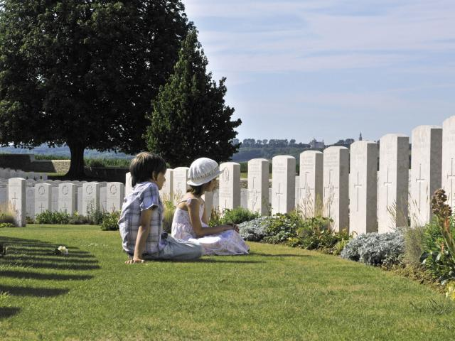 Souchez _ Cabaret Rouge Military Cemetery © CRTC Hauts-de-France - Xavier Alphand
