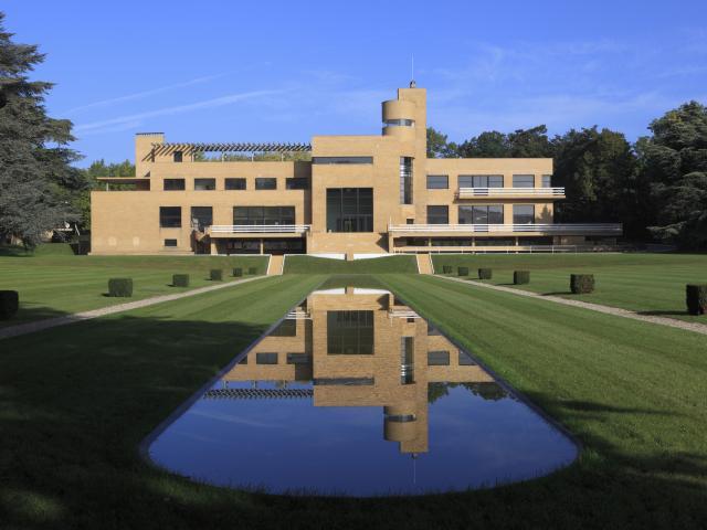 Croix La Villa Cavrois vue d'extérieur © Centre Des Monuments Nationaux - Jean-Luc Paillé