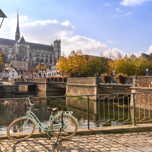 Amiens _ Cathédrale Notre-Dame _ Vue sur la Cathédrale depuis le quartier Saint-Leu © CRTC Hauts-de-France - Stéphane Bouilland