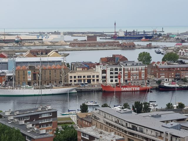 Dunkerque _ Port vue du Beffroi Saint-Eloi © CRTC Hauts-de-France - Maxime Truffaut