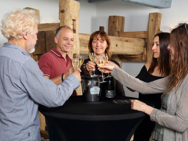 Barzy-sur-Marne_visite de cave de champagne Leveque Dehan© Champagne Leveque Dehan - Didier Tatin