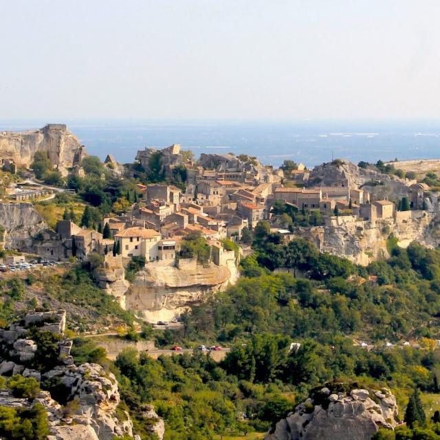 Baux De Provence Chillio C E1551978783478 1