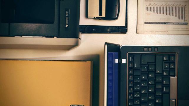 Consultations 0013 Laptop 1016257 1920 1