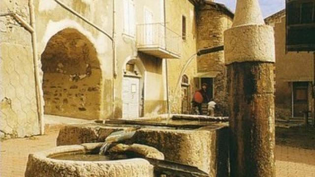 Fontaine Gigors Alpes Oti Hautes Terres De Provence